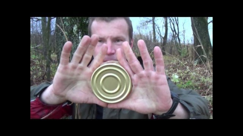 Вскрывание плоской консервной банки голыми руками - YouTube