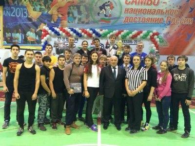 Спортсмены из Чистополя стали призерами чемпионата Татарстана по армрестлингу