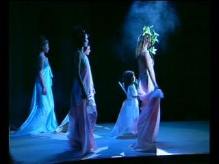 Благотворительное шоу КИНО+ПОДИУМ Салон АНГЕЛ Коллекция Посвящение Альфонсу Мухе