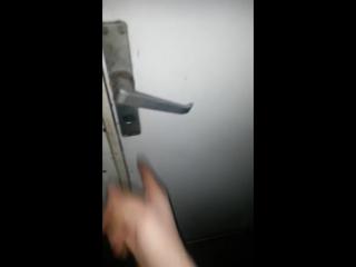 Самый надежный замок в мире - the surest door lock in the world