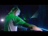 Sensation White 20092010 Wicked Wonderland