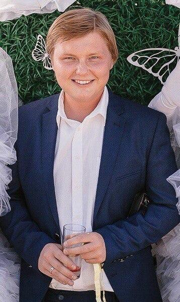 павел бессонов женился фото помогают при