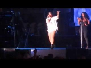 Demi Lovato - Two Pieces Live (MLB All Star Concert Cincinnati, OH 7/11/15)
