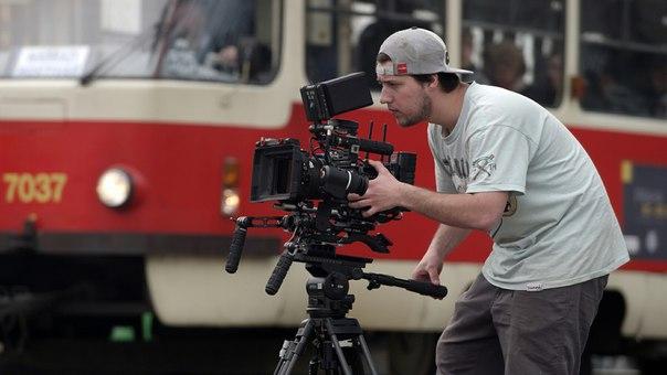 Хочешь научиться снимать фильмы?
