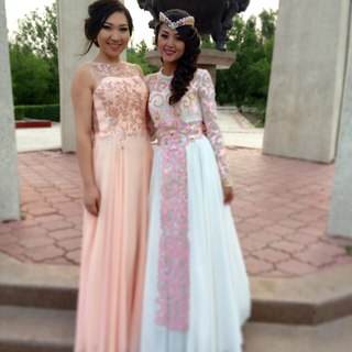 Вечерния платья в караганде