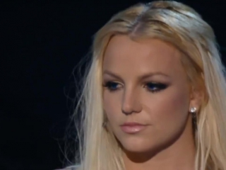 ➤ MTV VMA 2007 - Gimme More - Britney Spears [HD]