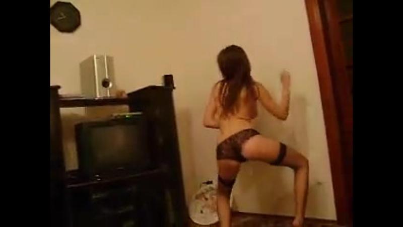 video-dlya-vzroslih-domashniy-striptiz-chat