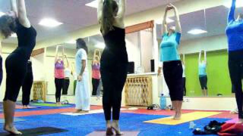 Индийский йоги. Индийская йога с Равиндер Джангра