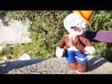 Видео с игрушками. Зомби против растений! Видео для детей.