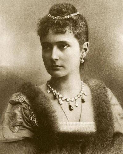 Александра Шевель