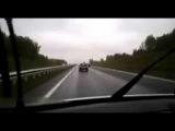 Блондинка на «Оке» на скорости 170 км/ч «сделала» BMW X6 (Girl on the car OKA ahead of BMW)