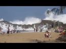Самый опасный пляж в мире Большие волны