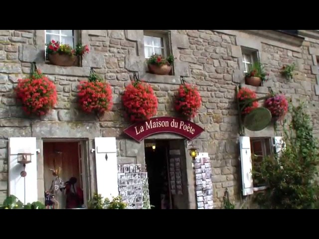 Локронан еще одна самая красивая деревня Франции Южная Бретань