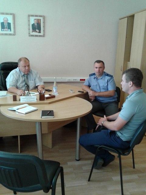 В Таганроге ветспециалисты разъяснили, кто должен заниматься сбором трупов безнадзорных животных