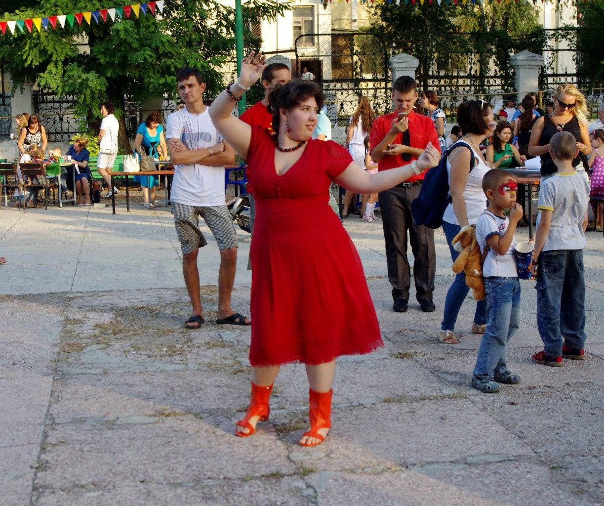 В парке Горького состоялся Второй благотворительный фестиваль творчества в поддержку детей-инвалидов «Мы есть!»