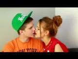 Как двигать языком Как Правильно Целоваться Видео урок 2 - YouTube
