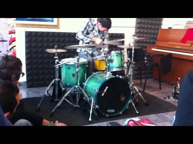 Mark Guiliana | Drum Solo [Taranto, Italy / October 2011]