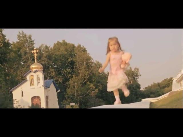 Папа похлопай, я танцевать буду С такой любовью папа снял видео о своей доченьке