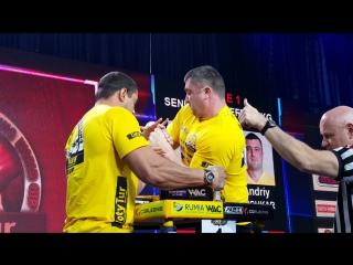 Дмитрий Трубин vs Андрей Пушкарь - левая рука (Золотой Тур 2015)