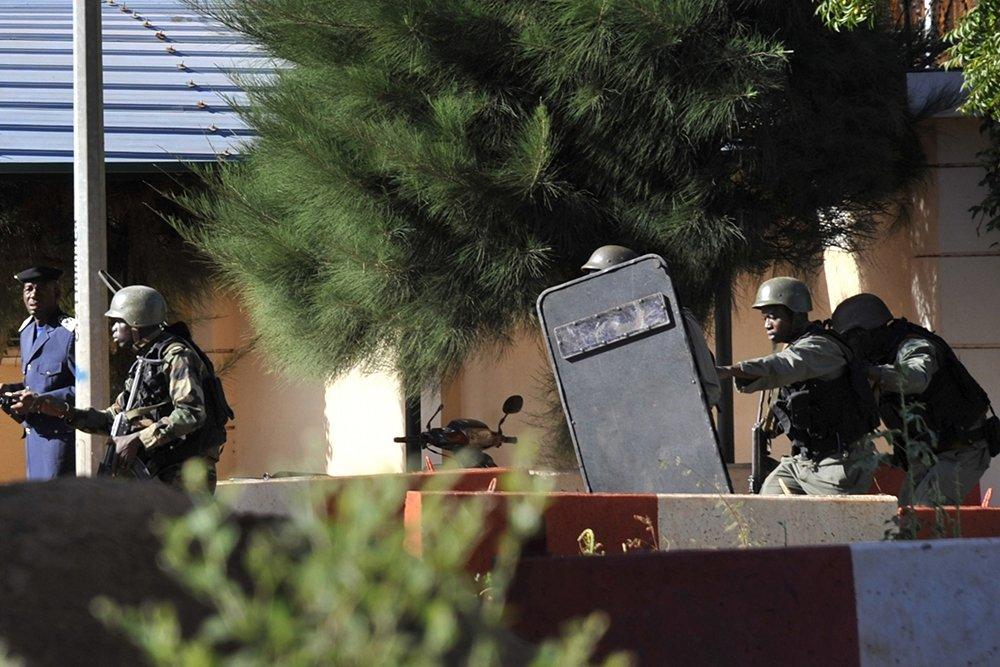 В Мали завершилась операция по освобождению заложников