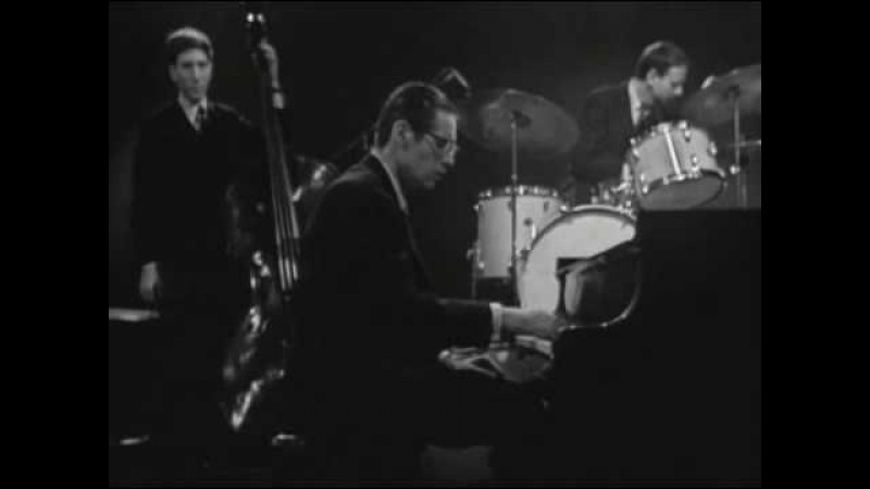 Bill Evans Trio - Some Day My Prince Will Come - 19 Mar 65 (9 of 11)