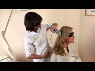 Процедура использования лазерной расчески Physiomed  и плазмолифтинг в клинике Real Trans Hair