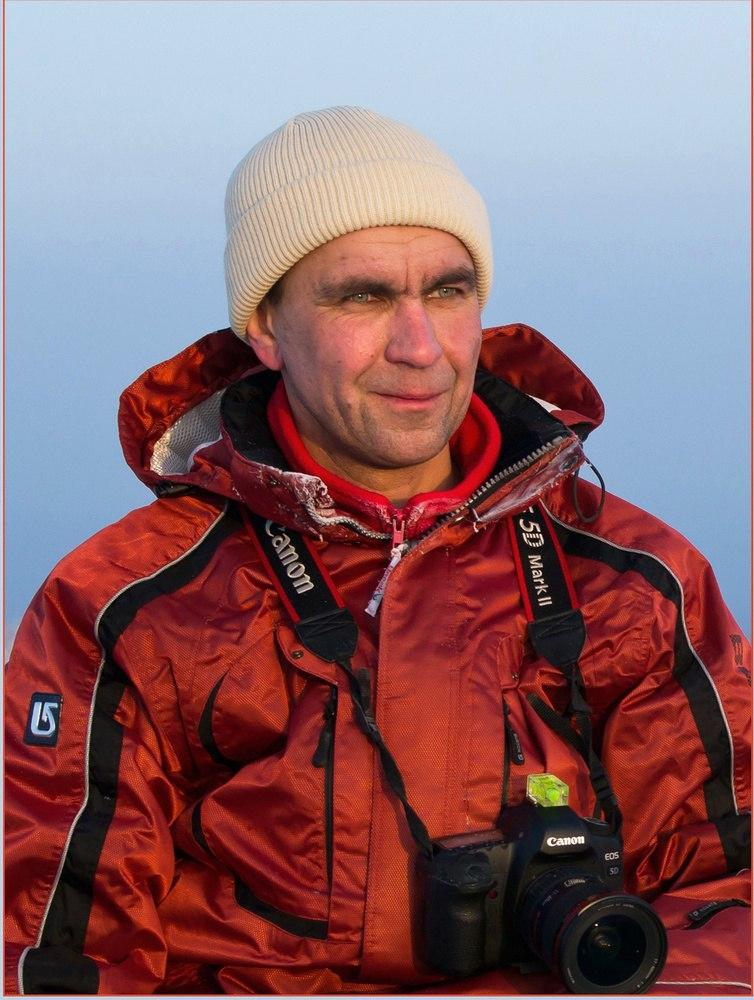 Виктор Новокрещенов