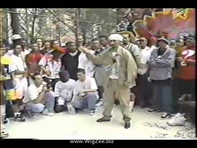 MR WIGGLES Battle at RSC Anniversary early 90s