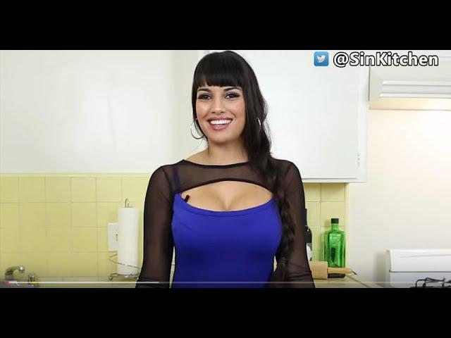 Latina MILF Mercedes Carrera grinds on cock and gets a cum load on big tits № 677577  скачать