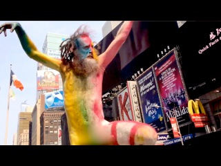 Man Runs Naked in Time Square. Inappropriate or Art?