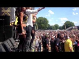Danny Worsnop joines Butcher Babies for National bloody Anthem at Rockstar Mayhem Fest 2013