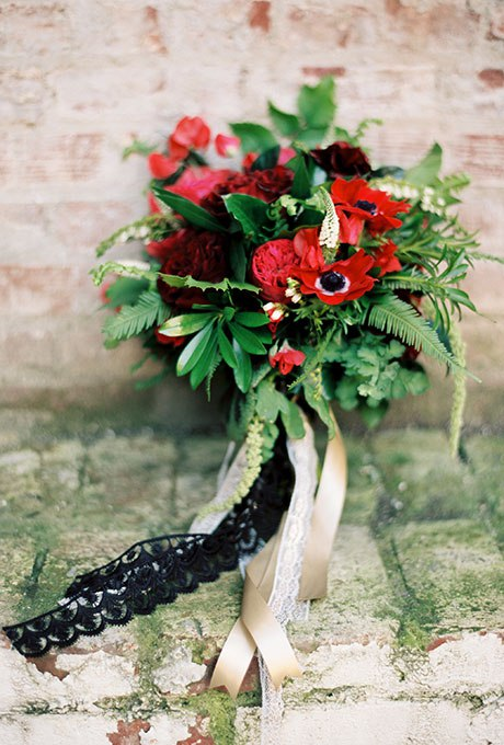 nzihyhD8dU8 - Красные свадебные букеты (25 фото)