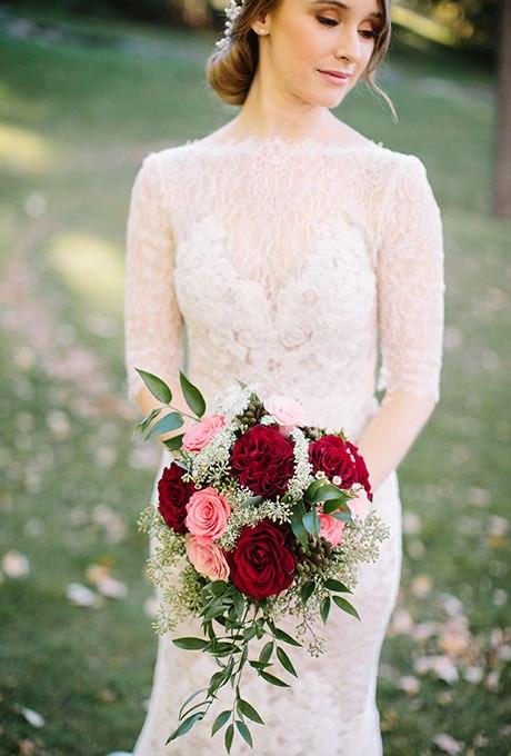 1495V2G3Ts4 - Красные свадебные букеты (25 фото)