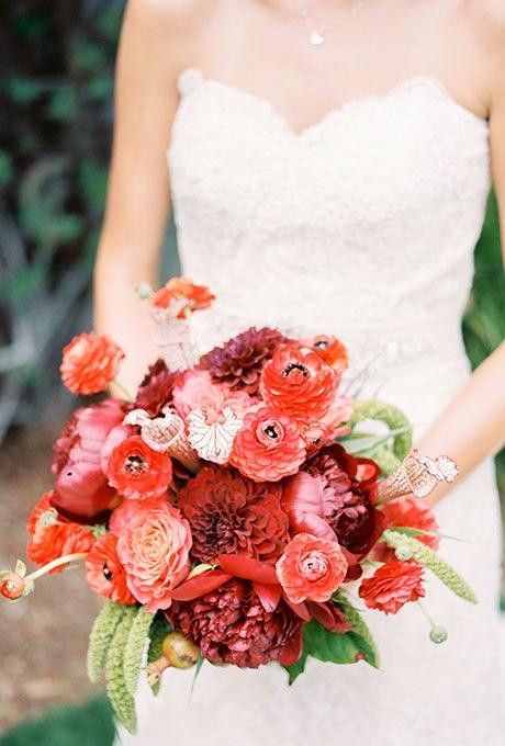 Hly5IVhLZK4 - Красные свадебные букеты (25 фото)
