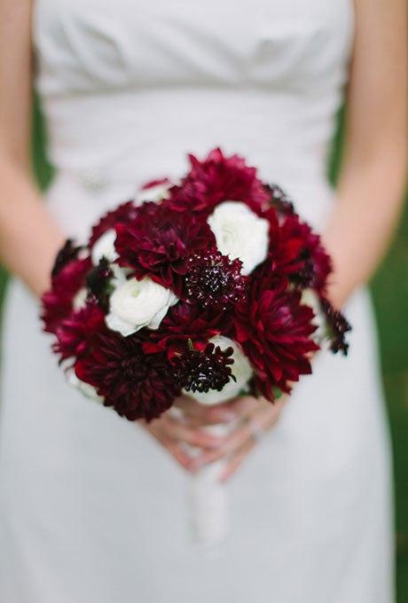 2ktvU WO200 - Красные свадебные букеты (25 фото)