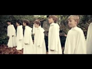 Английский хор мальчиков Libera — рождественская песня (колядка) Carol of the Bells
