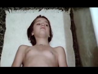 открый и голый стрип видео