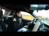 Патрулирование улиц в полицейкой машине
