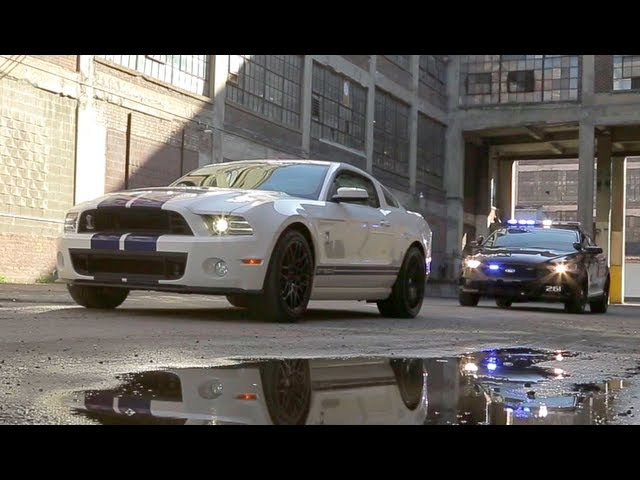 2013 Ford Shelby GT500 vs Cop Cars: Police Chase! - The Downshift Episode 17