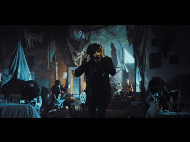 ASKING ALEXANDRIA - Let it Sleep (Official Music Video)