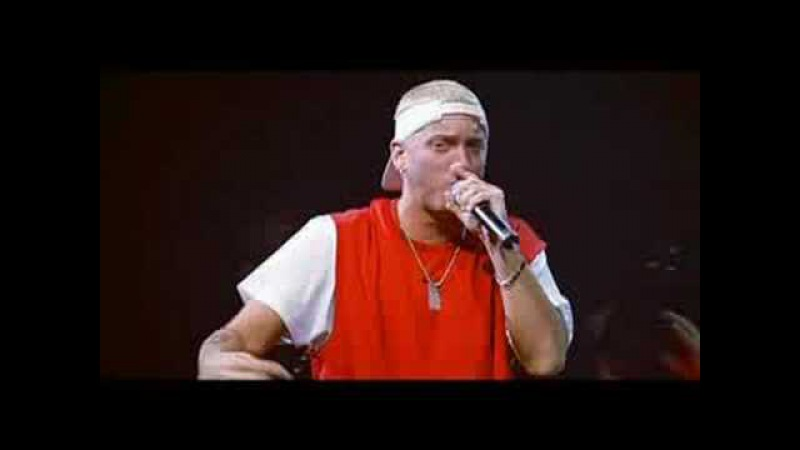 Dr.Dre Eminem - Forgot About Dre (From The Up In Smoke Tour DVD)