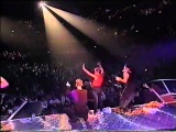 East 17 - Stay Another Day (live)