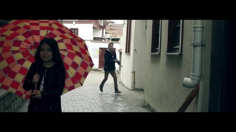 Ebrulimuharrem ft. Lider - Yağmur Yağar İnceden ( Official Video )