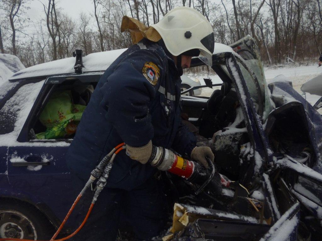 Спасатели Ростовской области патрулируют автомобильные дороги региона