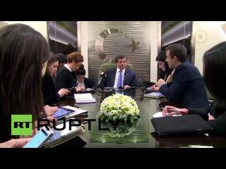 """Турция: Россия использует угрозу мировой войны """"диктовать свою политику"""" - Премьер-Министр Давутоглу."""