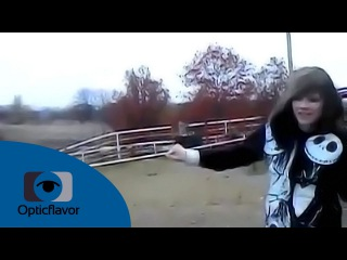 Alyssa Bustamante Electric Fence Video (HD)
