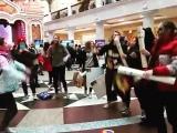 Как Крик и его друзья танцевали под Super Junior – Can You Feel It на фестивале