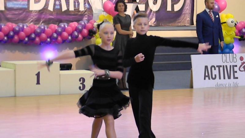 Happy Dance 08.11.2015г.Румба Юниоры 1 D класс.