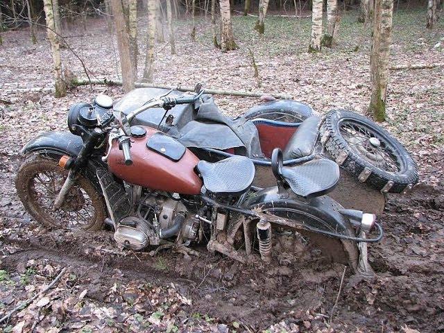 Полноприводный мотоцикл Урал(Турбо) в болотах Смоленщины