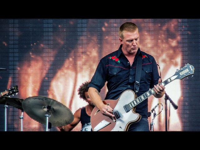 Queens of the Stone Age (2) Millionaire Live 2013 - HD